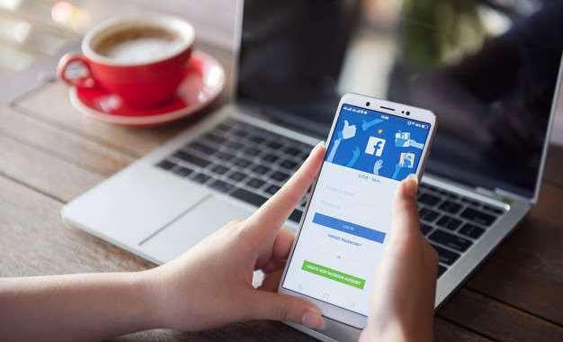 Cara Mengubah Email Facebook