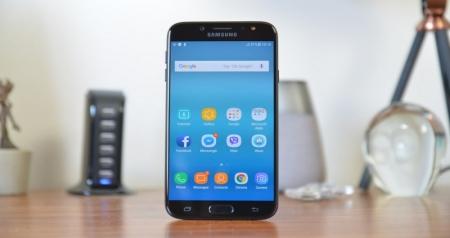 Biaya Ganti LCD Samsung J7 Pro